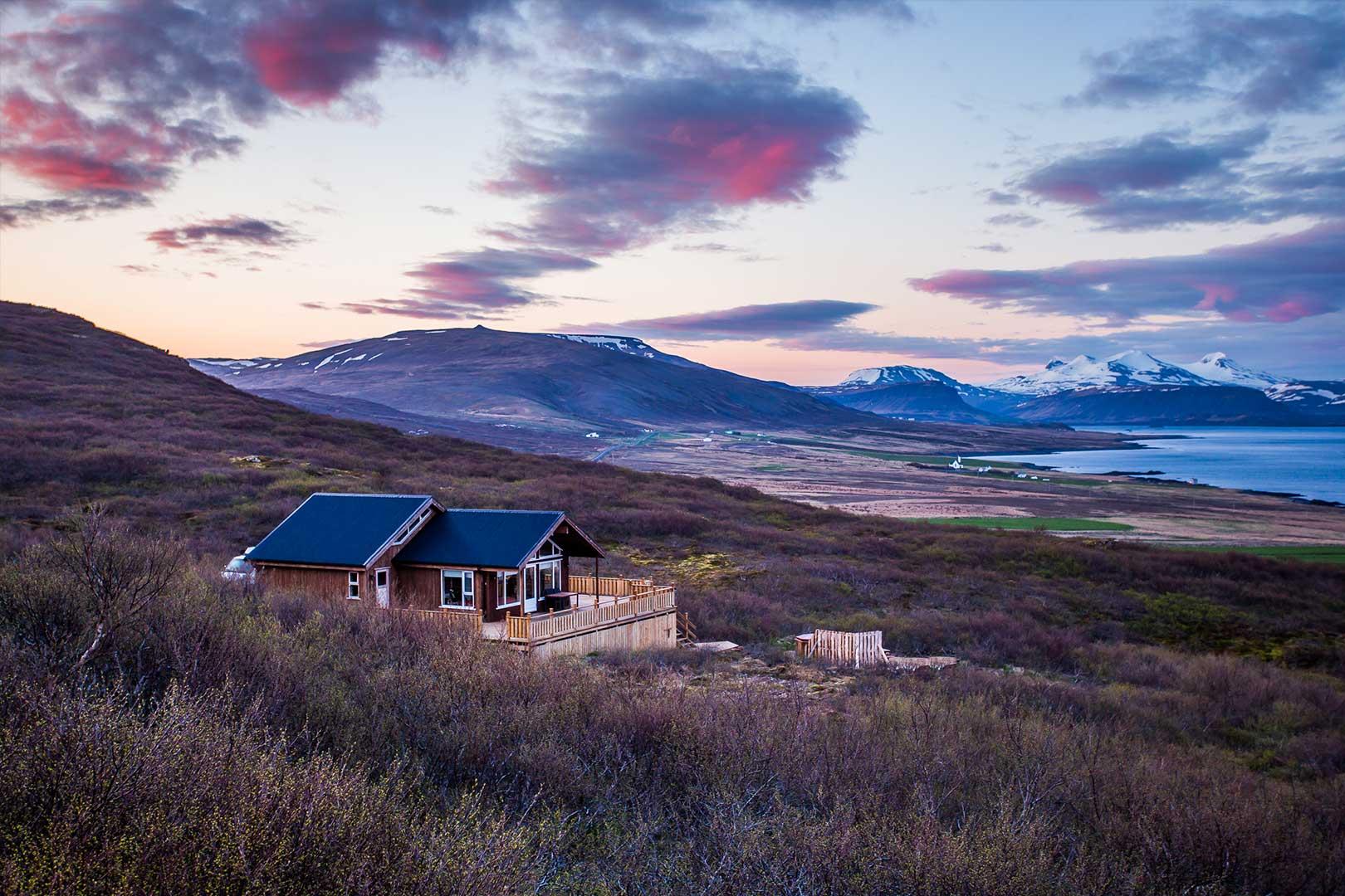 Nordic Lodges Island Sommer Saison Sommertag