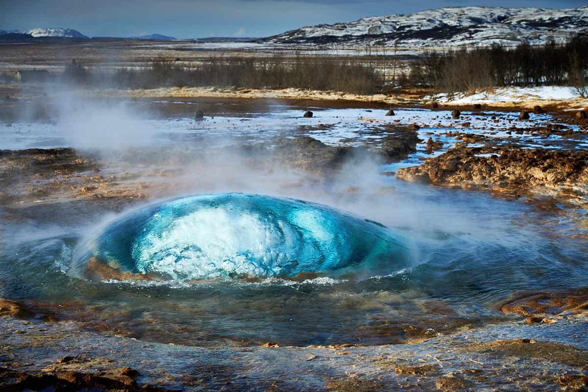 Strokkur, Geysir, Golden Circle, Holt Lodge