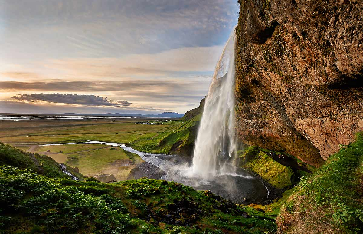 Seljalandsfoss, waterfall, holt lodge, cottage, Iceland, south coast